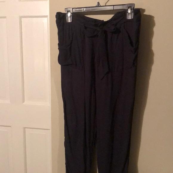 Soft ankle pants, size 5